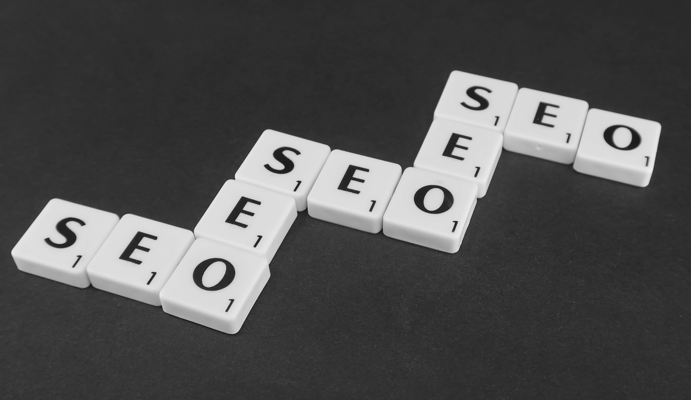 SEO written out on dominoes